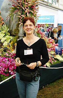 CHRISSIE AT THE CHELSEA FLOWER SHOW